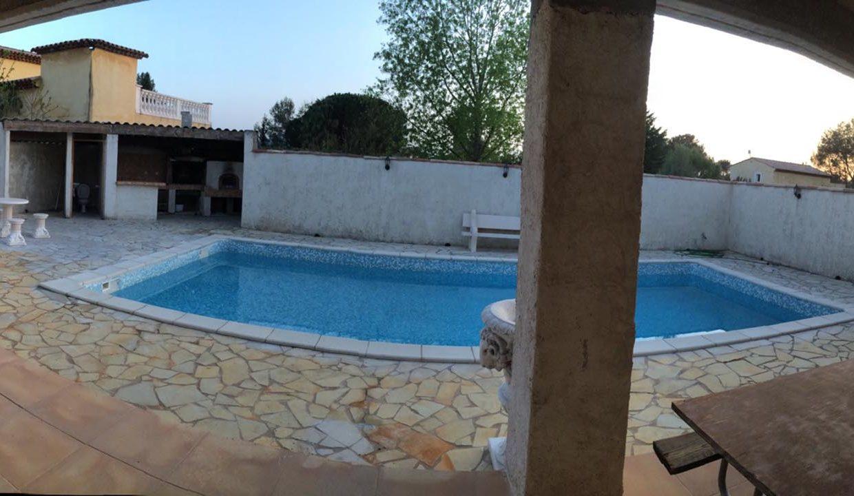 airbnjune-villa-roquebrune-piscine