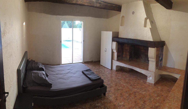 airbnjune-villa-roquebrune-sur-argens-chambre-2-lit-double