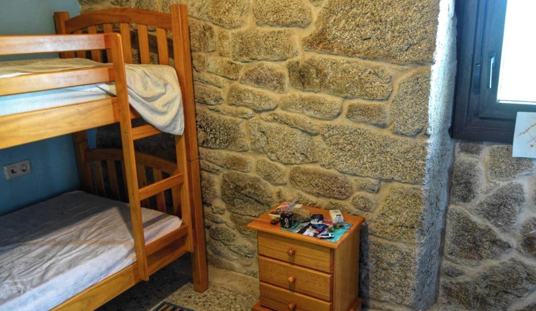 chambre-enfants-lits-jumeaux-Carballiño-Espagne