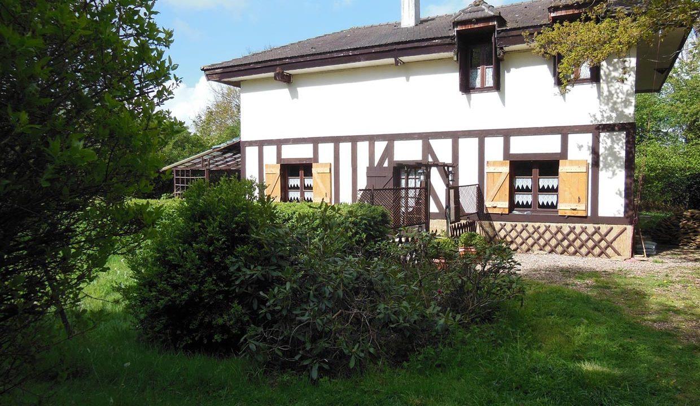 le cottage, son entrée
