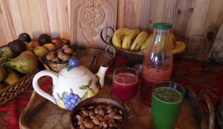 repas, légumes crus et fruits