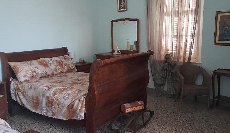 chambre-lit-double-plus-lit-simple-casa-delle-caramelle